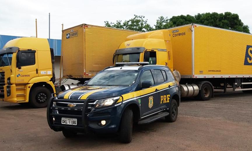 Caminhões são apreendidos na BR-153 por crimes ambientais